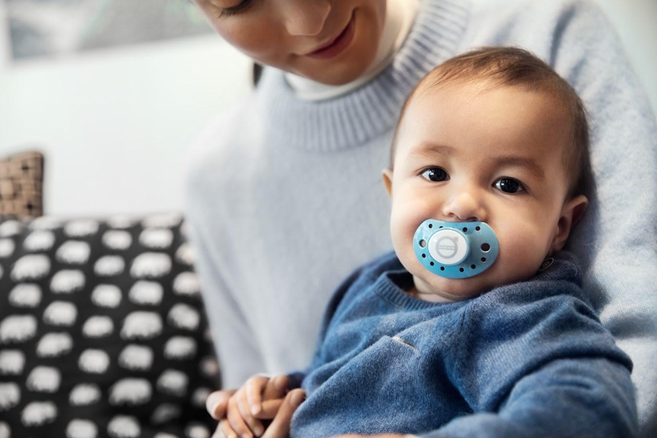 Weltweite Initiative: Volvo Cars gewährt allen Mitarbeitern mindestens 24 Wochen Elternzeit