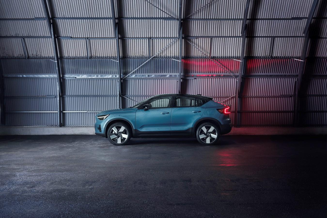 Il debutto mondiale della Volvo C40 Recharge completamente elettrica