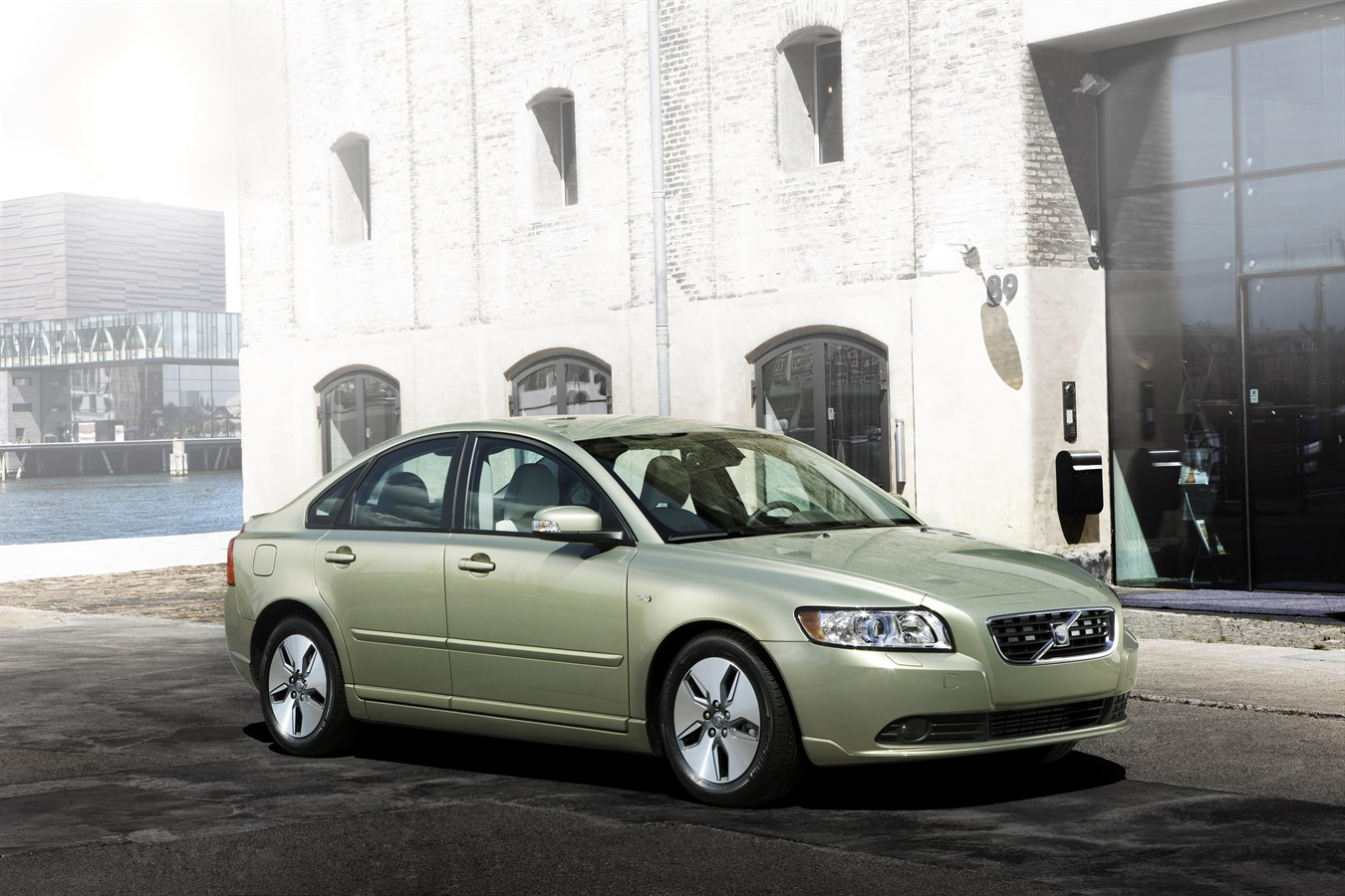 Volvo S40 - model year 2010 - Volvo Car USA Newsroom
