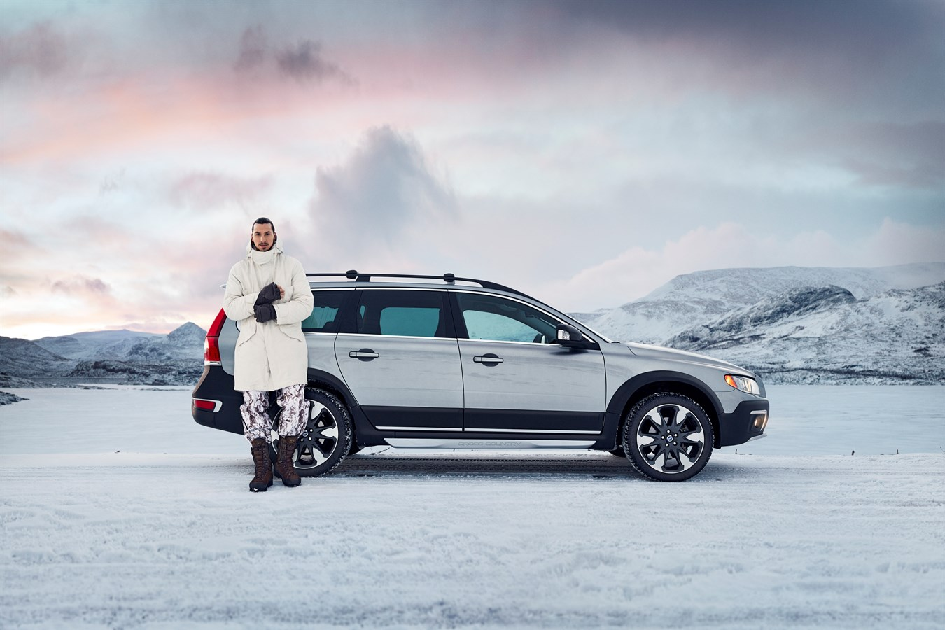 Volvo XC70 - model year 2015 - Volvo Car Group Global ...