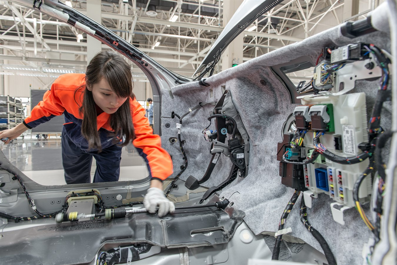 volvo group master thesis Doing your thesis work with the volvo group means you get to deal with interesting and important topics while making important contacts for your further career it also gives you a foot in with us if you have a thesis idea of your own, you can approach us to find a supporting manager who.