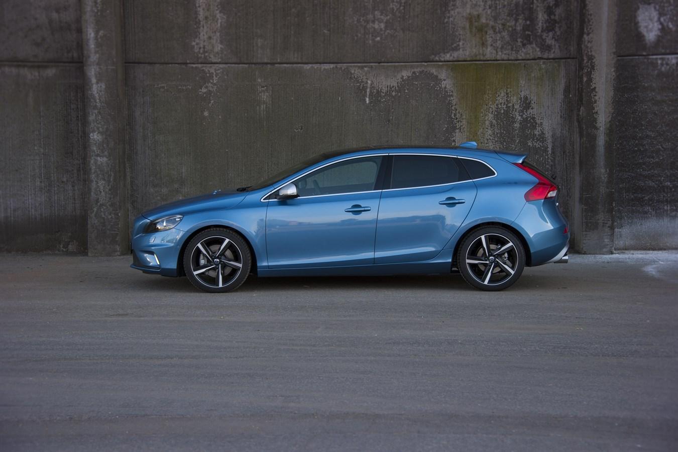 Volvo V40 R Design Model Year 2016 Volvo Car Group
