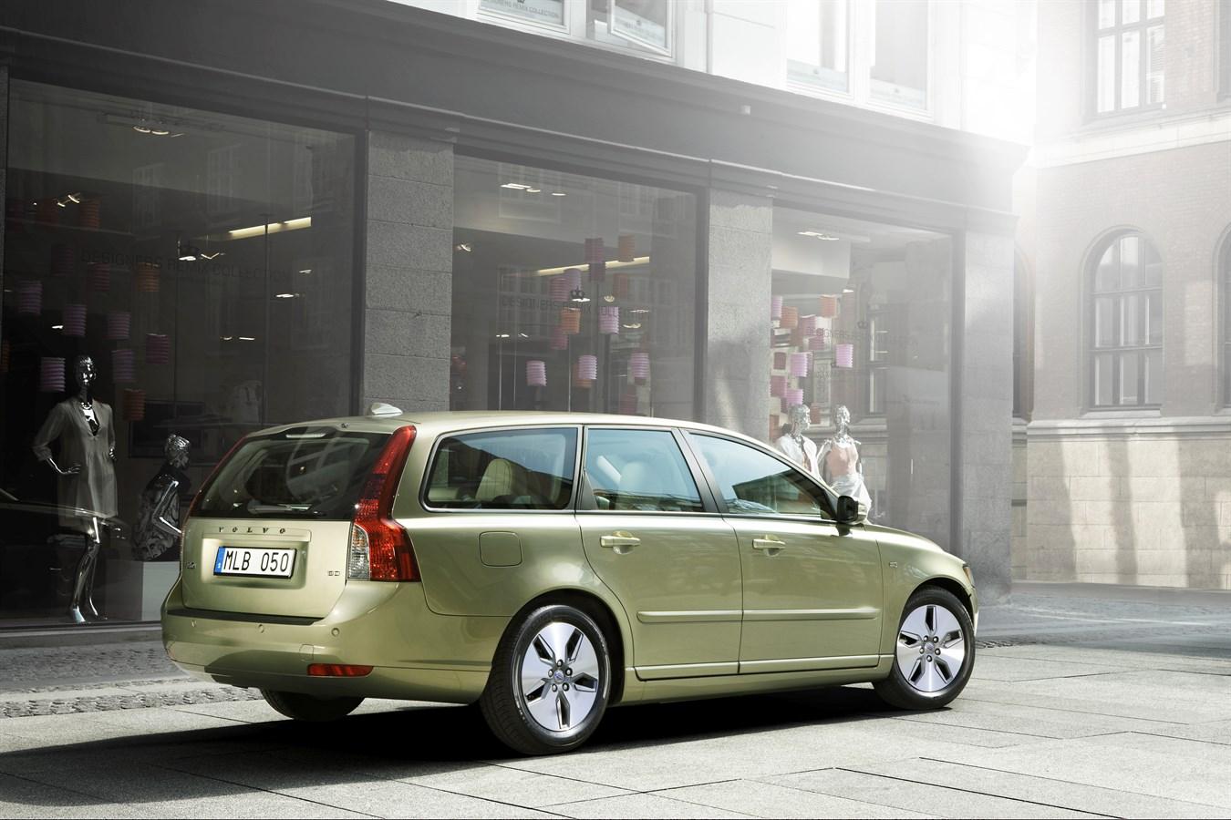 Volvo V50 - model year 2010 - Volvo Car Group Global Media Newsroom