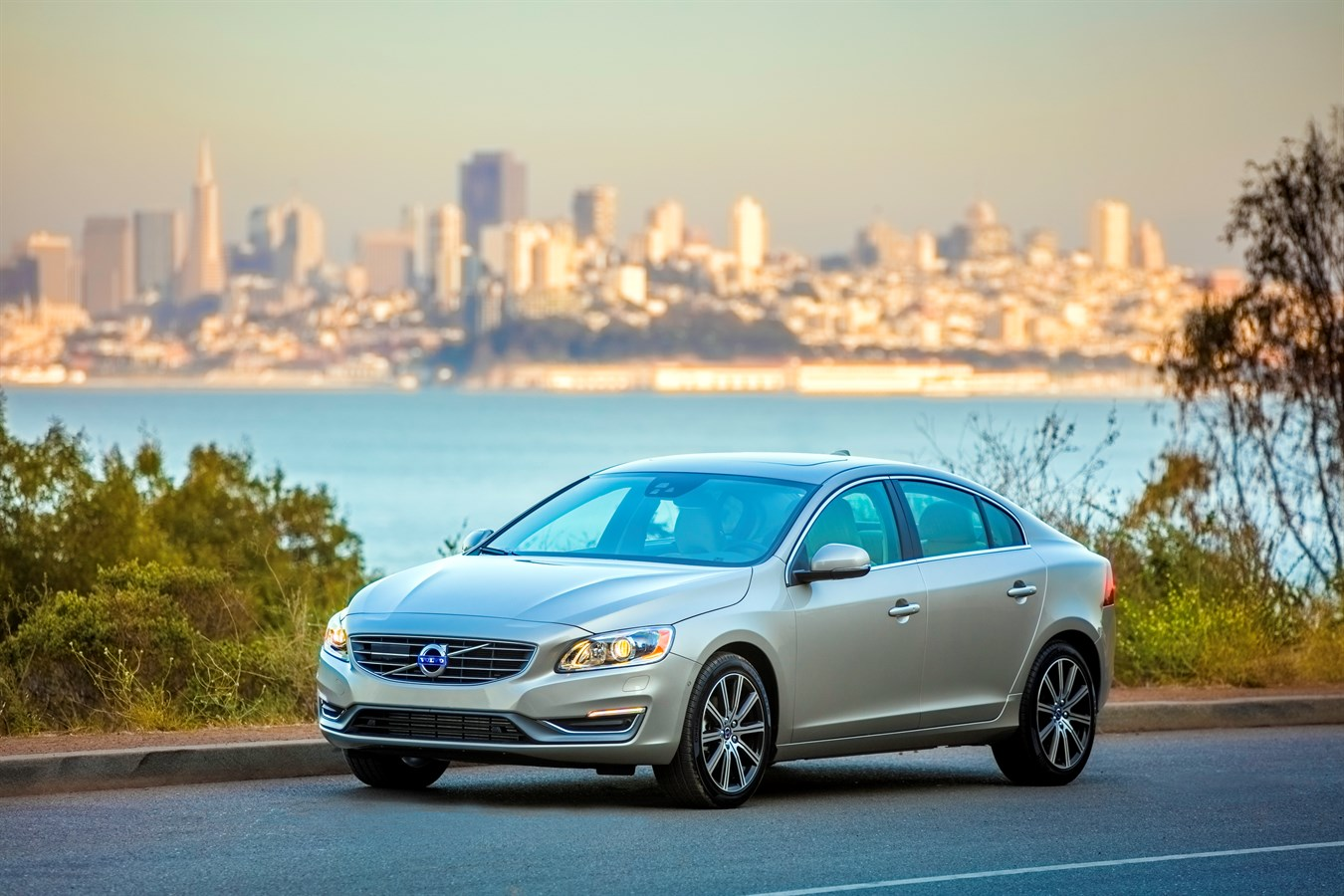volvo s60 inscription volvo car group global media newsroom. Black Bedroom Furniture Sets. Home Design Ideas