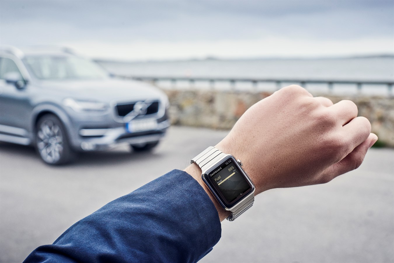 Control your Volvo car from your Apple Watch - Volvo Cars