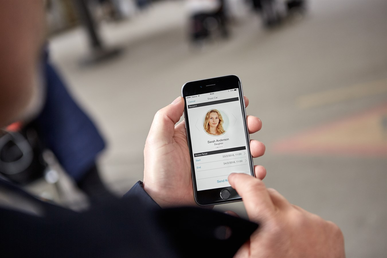 Volvo Cars The First Carmaker To Launch A Car Without A