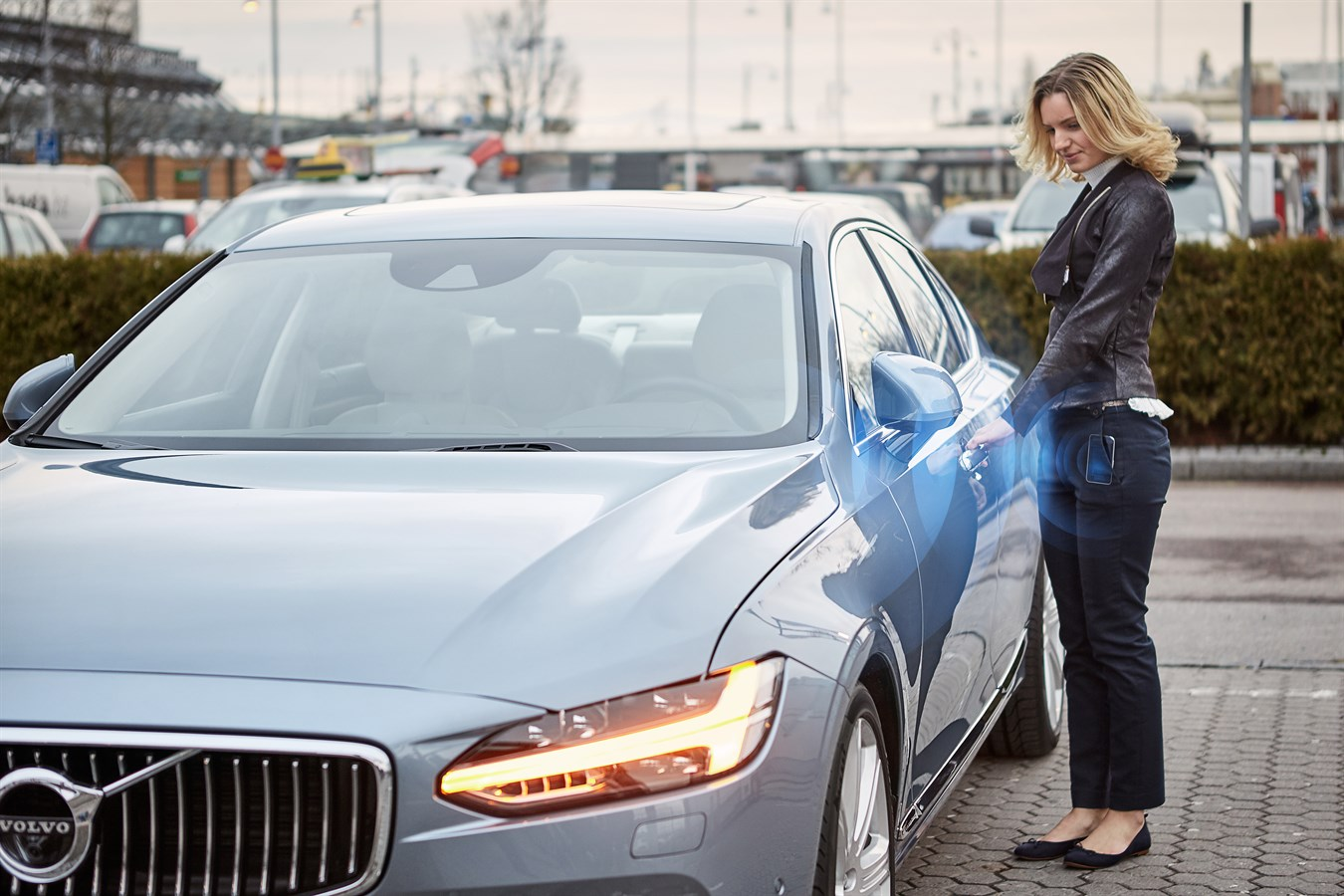 Volvo Cars Tests Replacing Keys With Smart Phone App Volvo