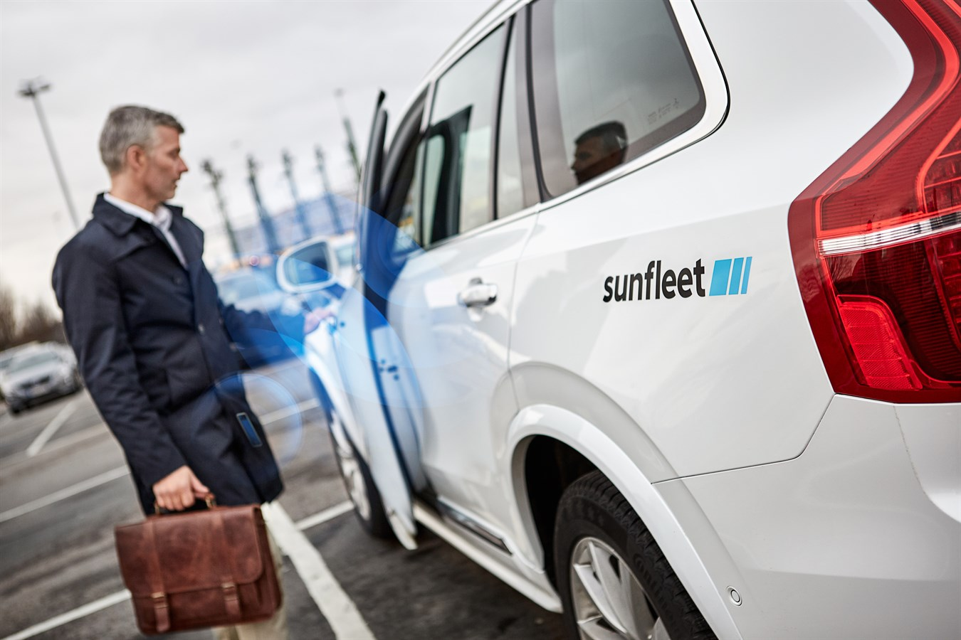 Volvo Cars Tests Replacing Keys with Smart Phone App - Volvo