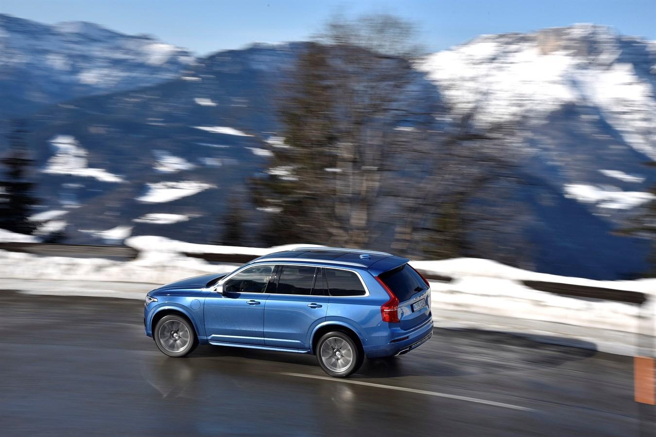Volvo XC90 T8 - model year 2017