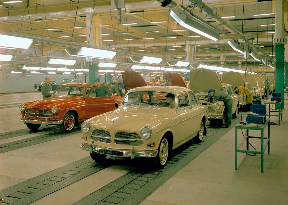 Volvo 121 (Amazon)