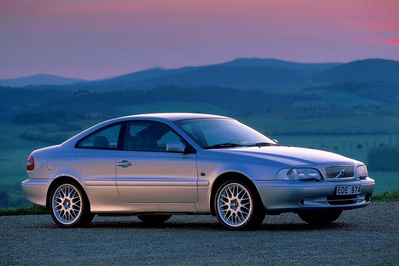 Volvo V60 Cross Country >> 20 Jahre Volvo C70: Exklusive Coupés und extravagante