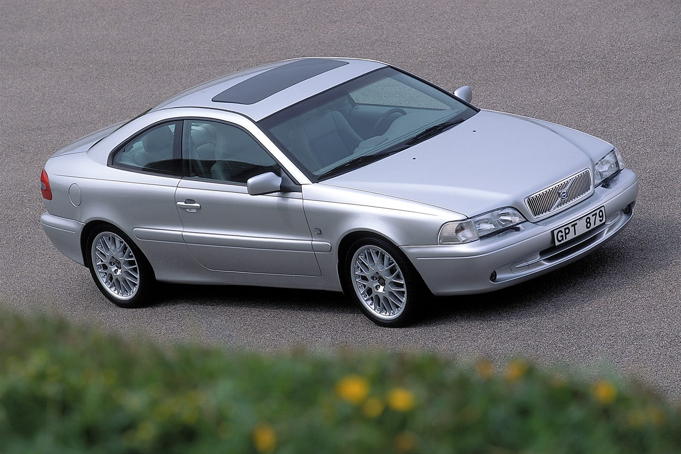 folding design autocar review volvo styling car metal roof