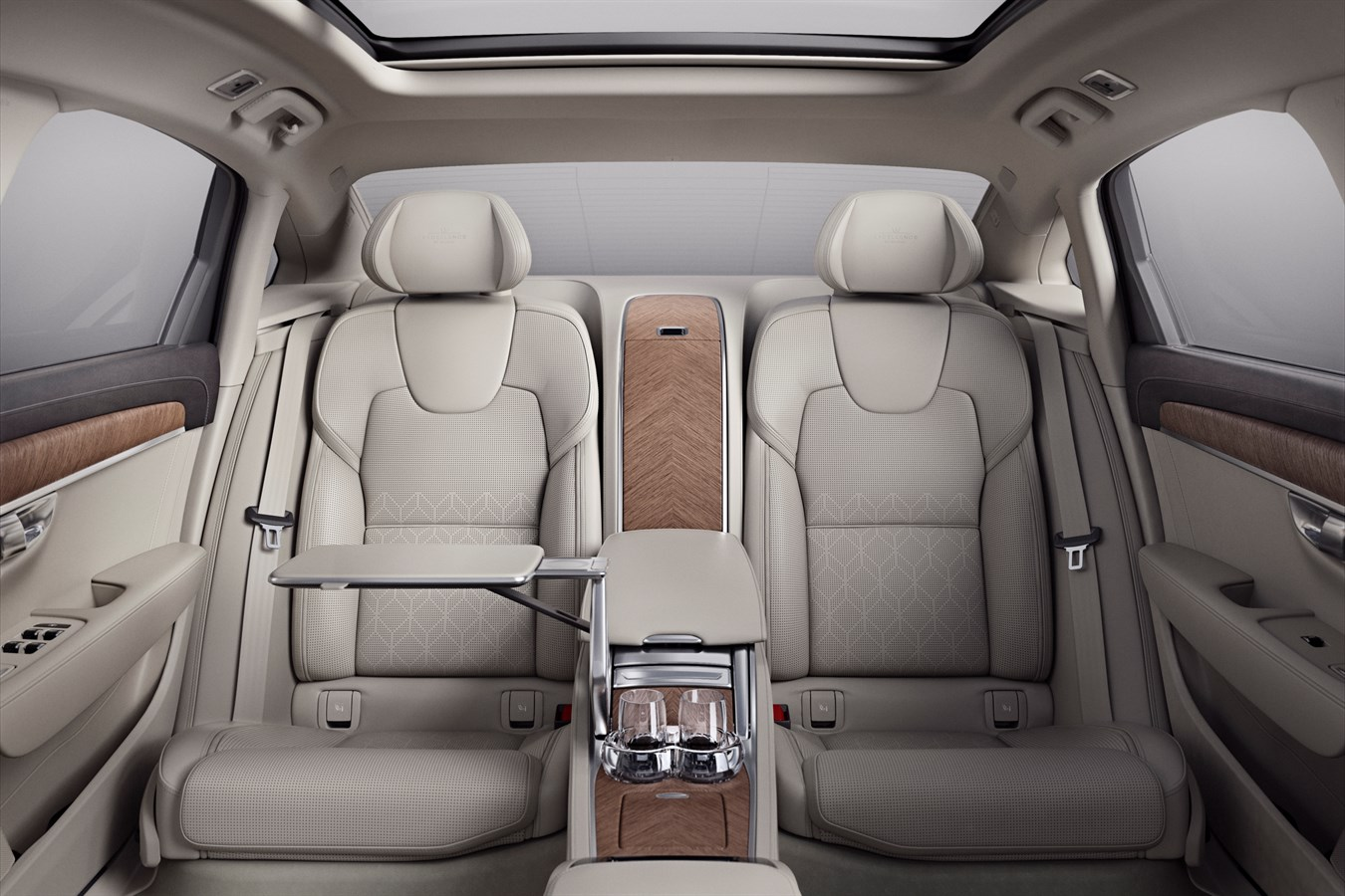 Volvo Cars Unveils New Version Of The S90 Sedan And Top Of The Line S90 Excellence In Shanghai Marking A New Era For Car Making In China Volvo Cars Global Media Newsroom