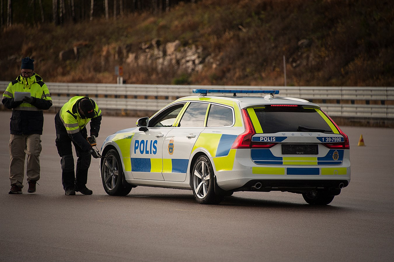 Scandinavian volvo vulva cars automobile vehicle