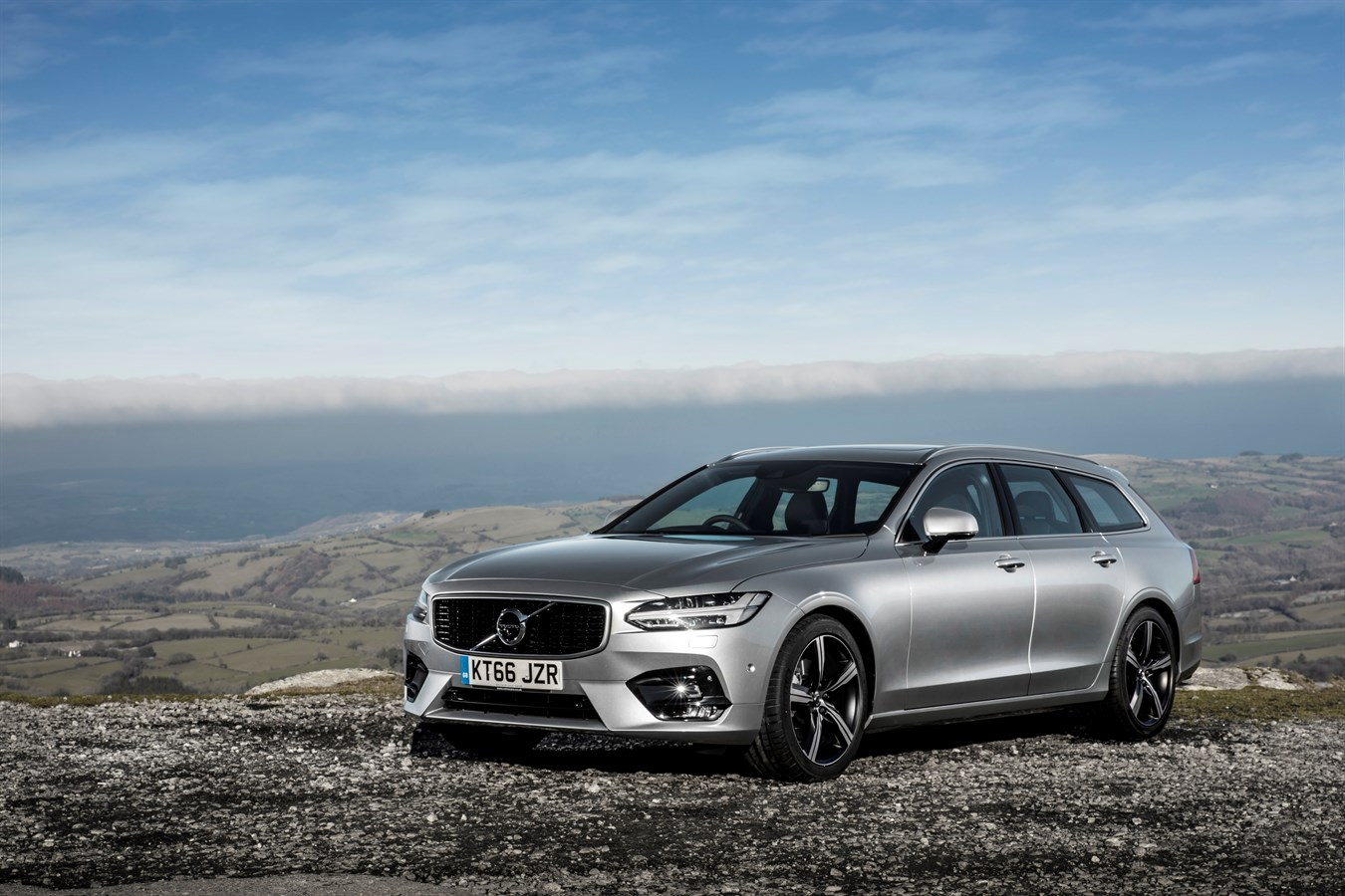 New T4 petrol engine joins the Volvo S90 and V90 ranges - Volvo Car UK Media Newsroom