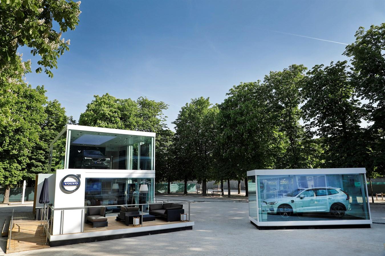 Le nouveau Volvo XC60 au cœur d'une exposition parisienne éphémère, dans le jardin des Tuileries