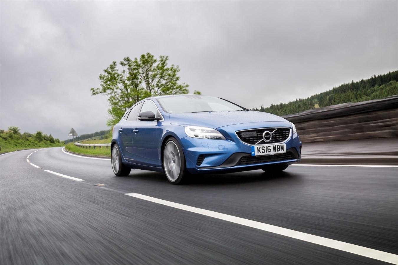 volvo v40 fitted with polestar performance parts volvo. Black Bedroom Furniture Sets. Home Design Ideas