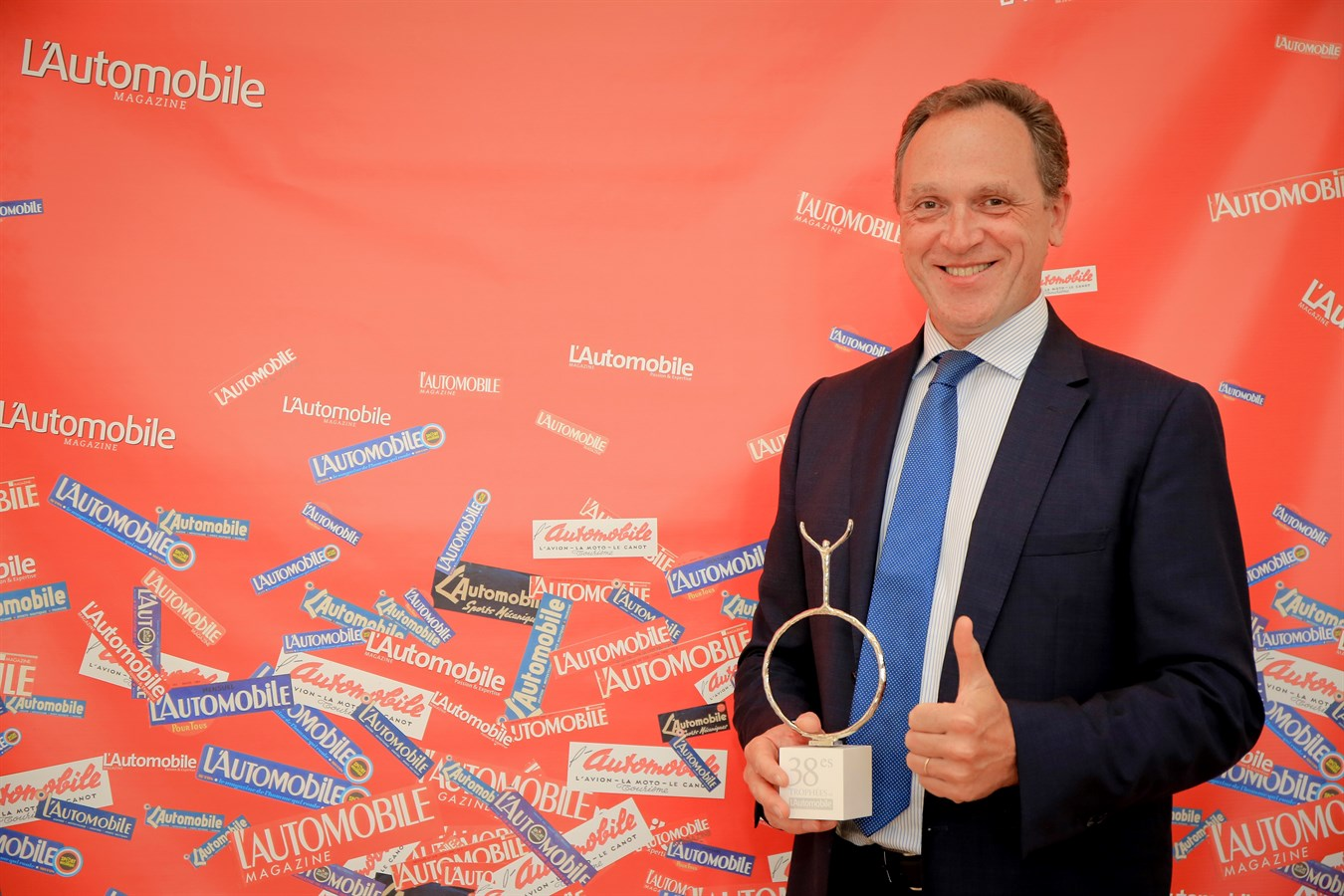 Volvo reçoit le prix de la stratégie commerciale lors des Trophées de L'Automobile Magazine 2017