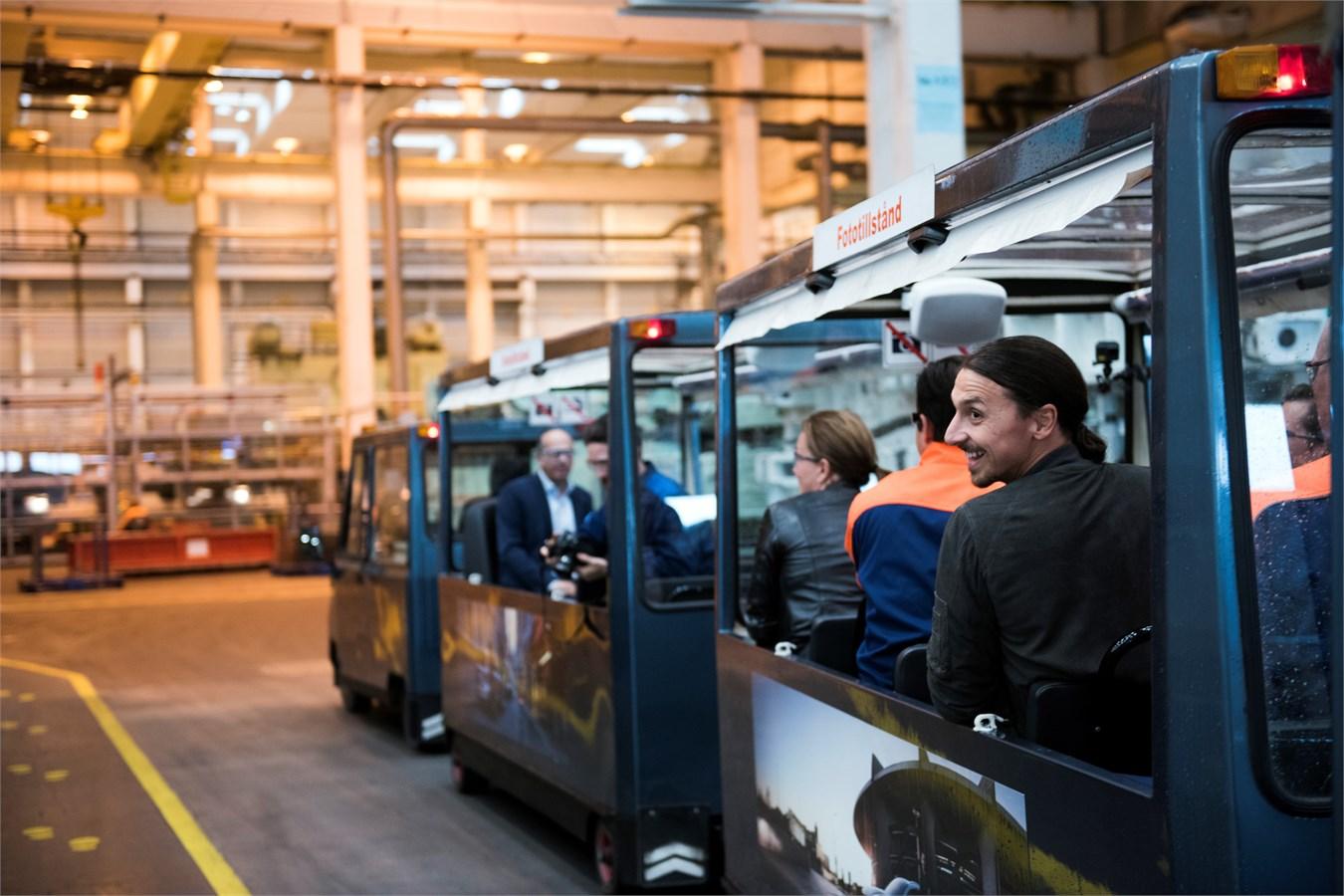 Swedish football legend Zlatan Ibrahimović visits Volvo Cars