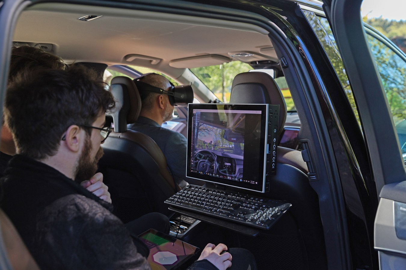 Volvo Cars and Varjo launch world-first mixed reality application for car development
