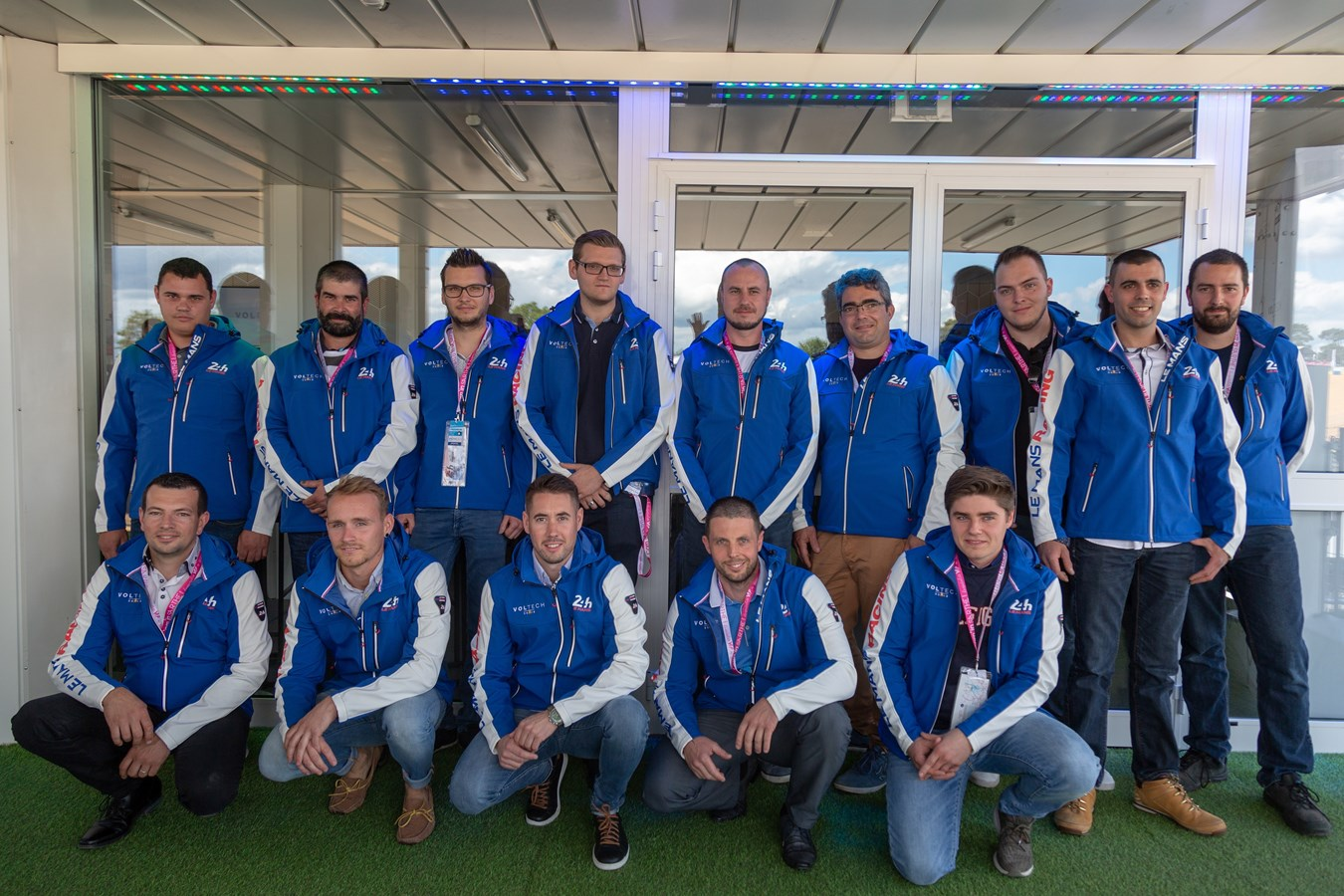 Volvo Car France est fier de ses techniciens VOLTECH