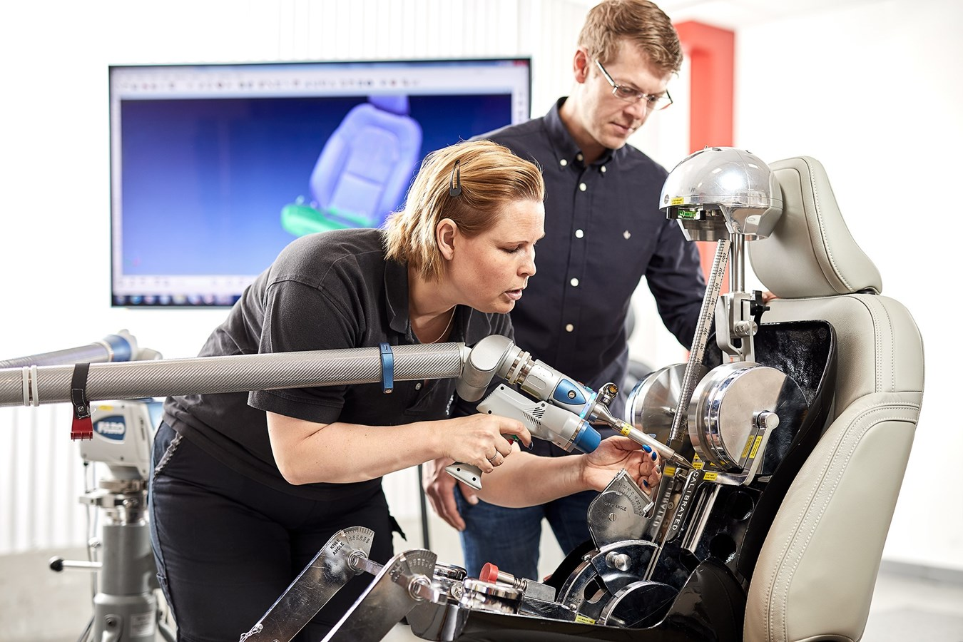 Volvo incorporates spinal research into its seat design