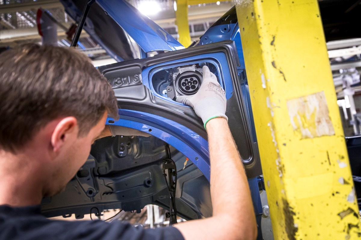 Volvo Cars to radically reduce carbon emissions as part of new ambitious climate plan