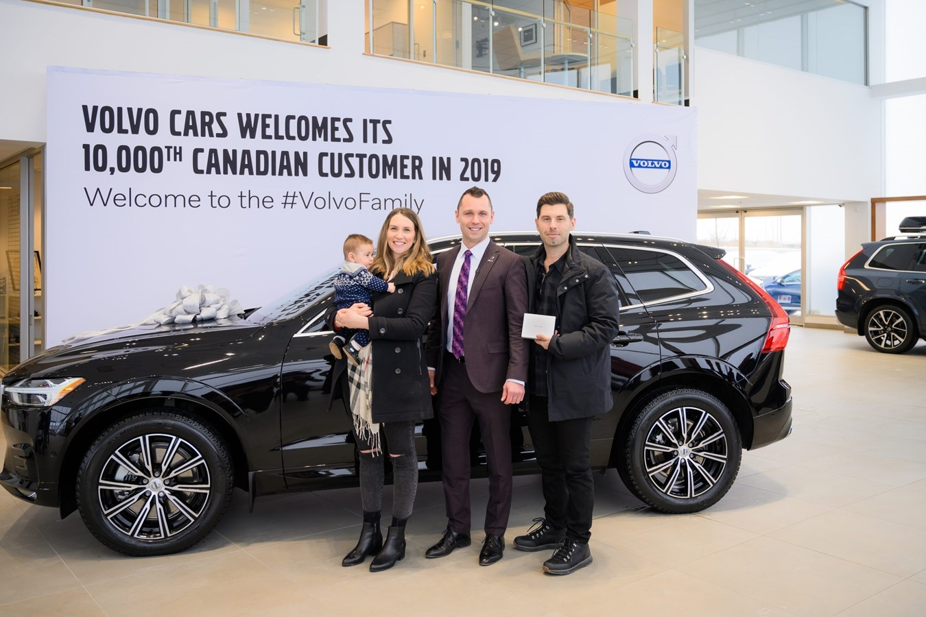 Volvo Cars Canada Celebrates Its 10,000th Customer in 2019 with a Surprise Pre-Paid 42 Month Lease Term