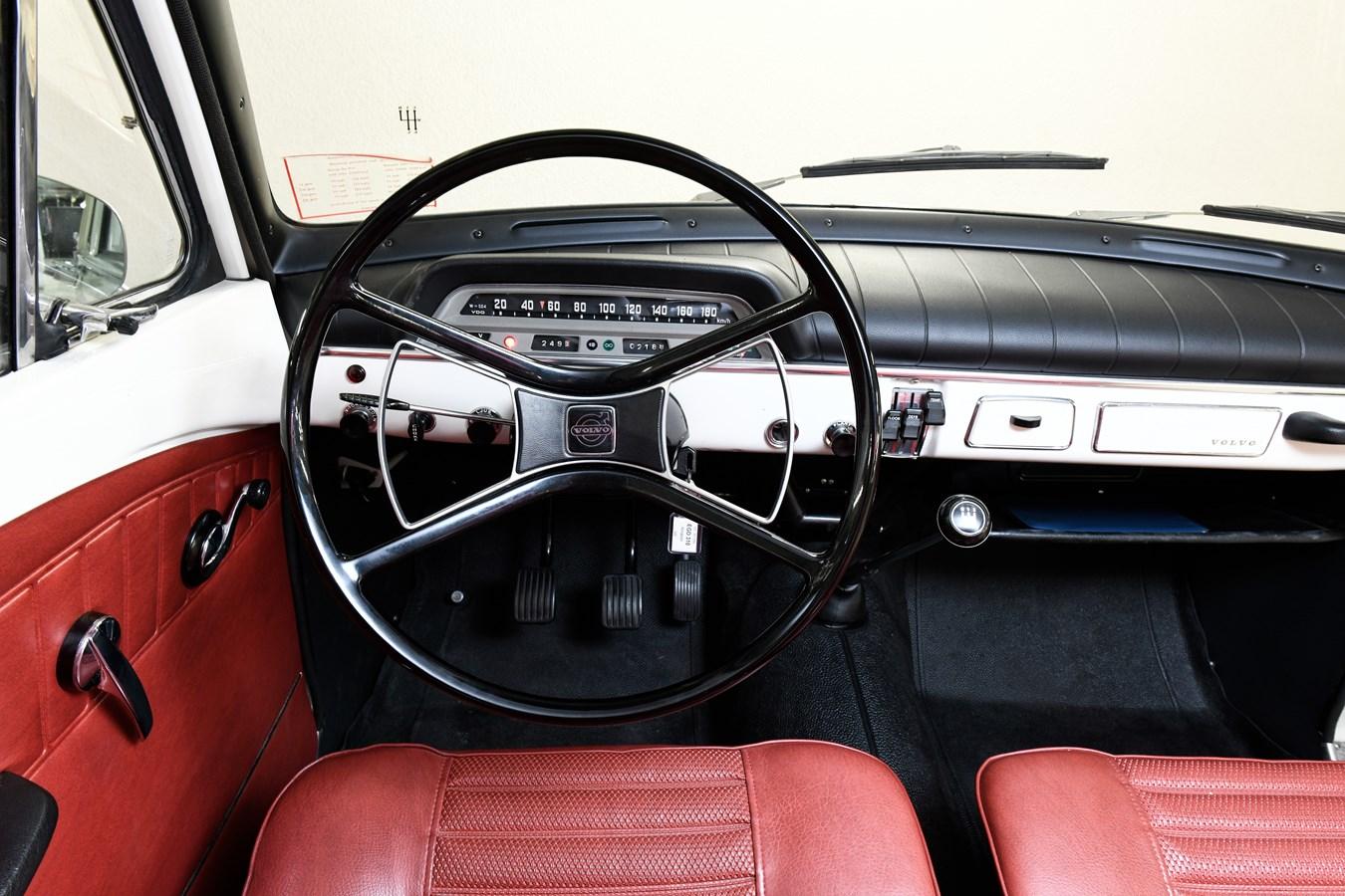 Volvo Amazon P130