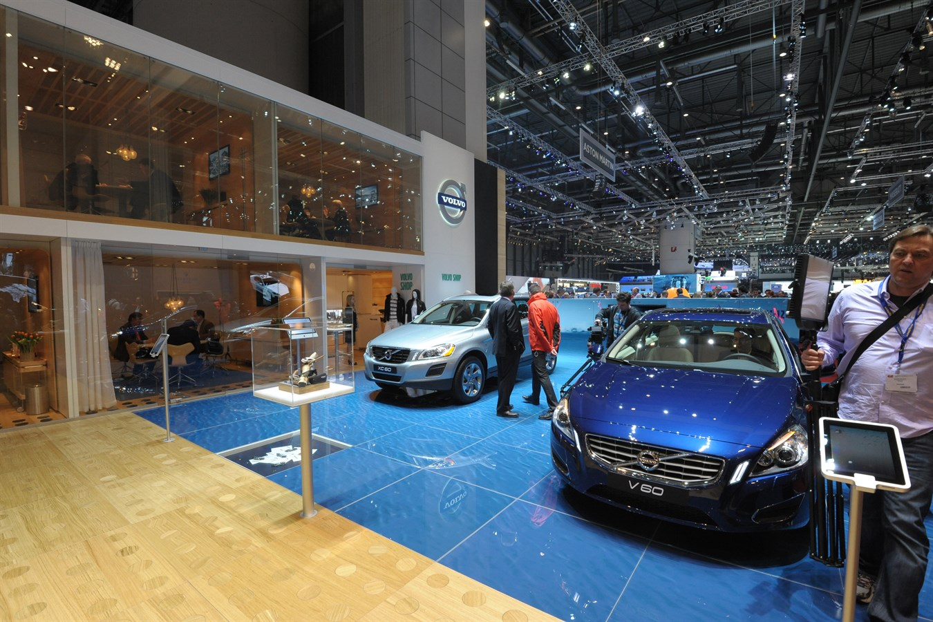 Volvo Exhibition Stand : Volvo cars stand the best at geneva motor show volvo car