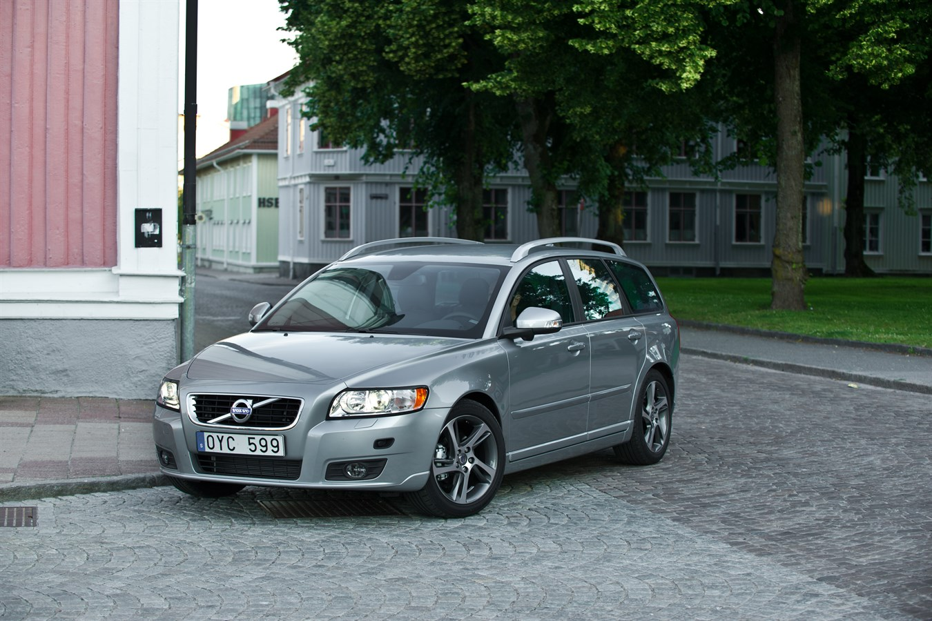 Volvo V50 Model Year 2012 Volvo Car Group Global Media
