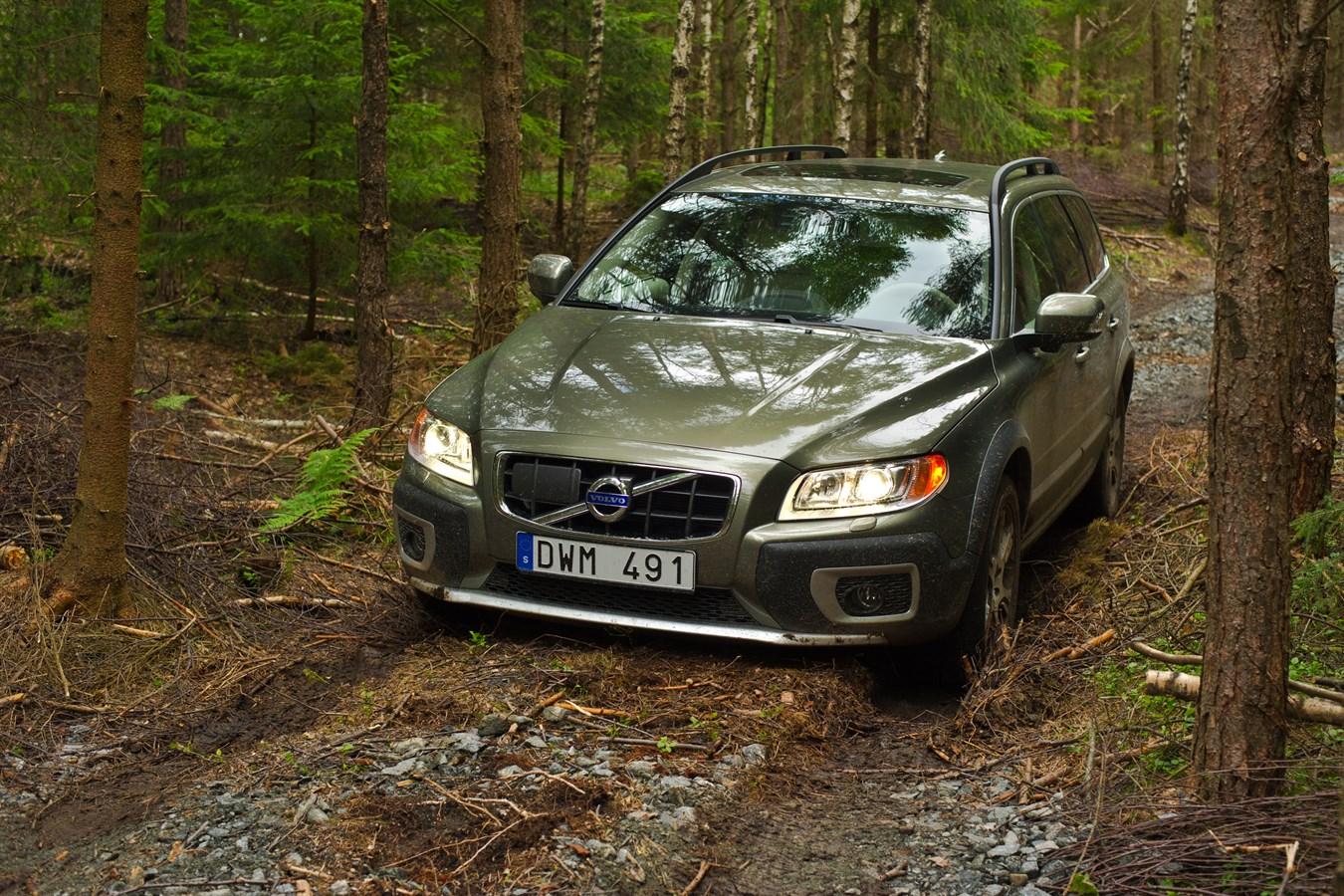 Volvo XC70 - model year 2012 - Volvo Cars Global Media Newsroom