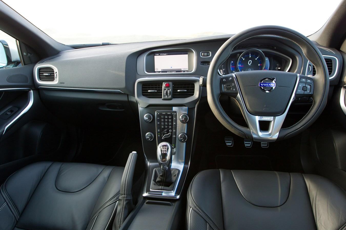 Interior Dashboard Image Of The All New Volvo V40 R Design Volvo Car Uk Media Newsroom