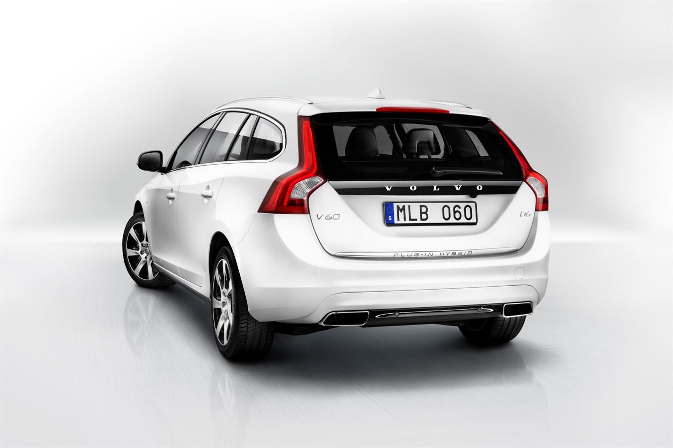 Volvo V60 Plug In Hybrid Model Year 2017 Car Group Global Media Newsroom