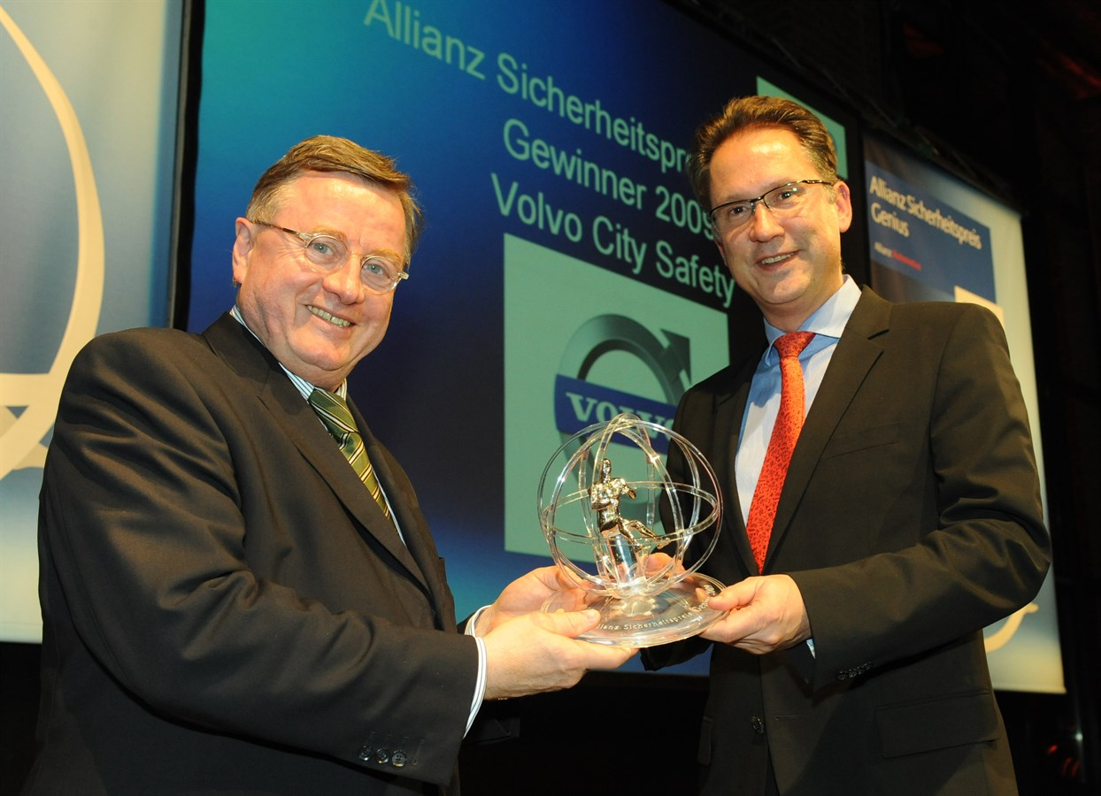 "Volvo receives the ""Genius"" award by Allianz"