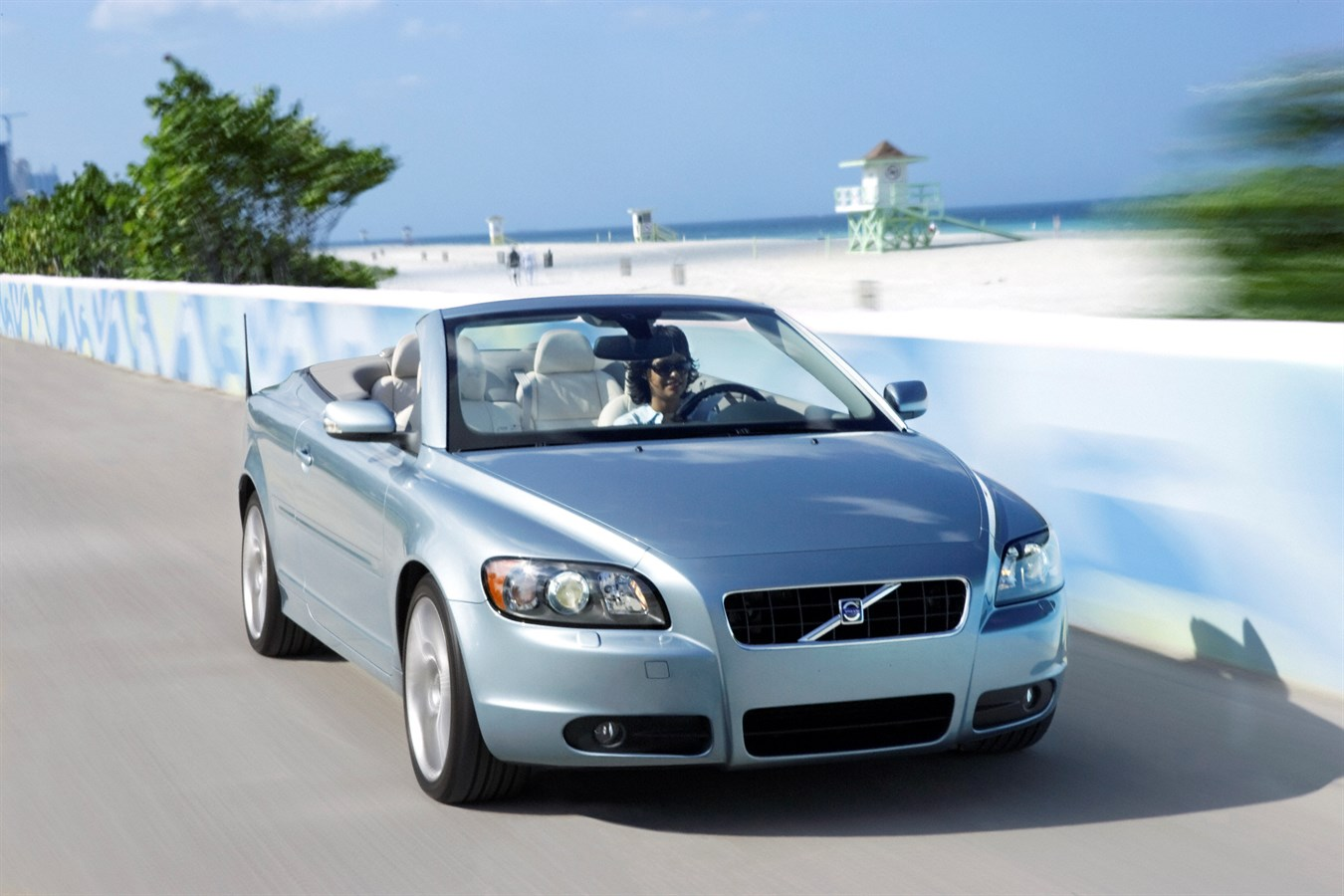 The all new Volvo C70 – Volvo's new convertible fitted with