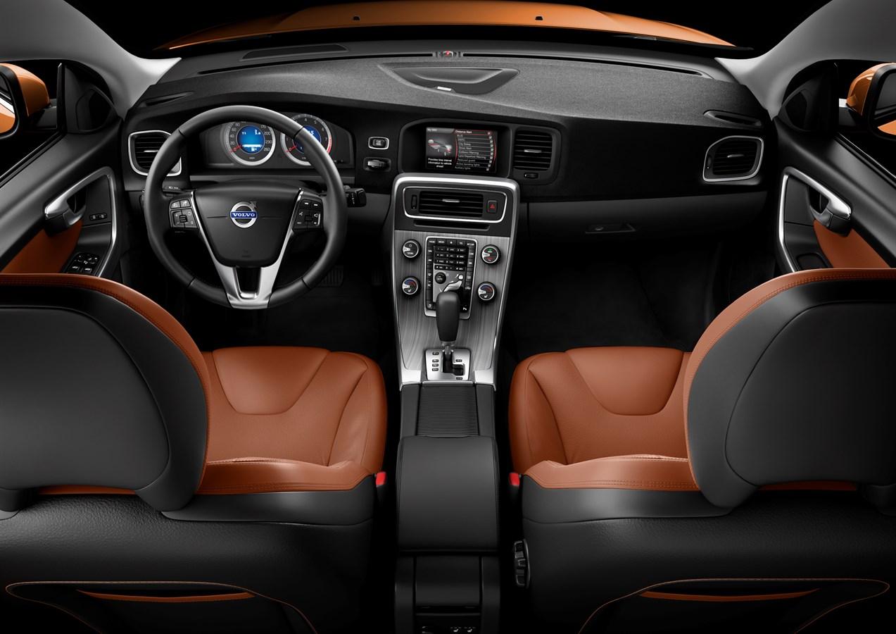 Inuti Nya Volvo S60 Kompromissl 246 S Kvalitetsk 228 Nsla Och