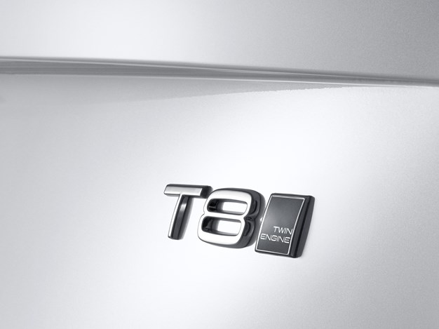 The all-new Volvo XC90 Twin Engine – T8 badge