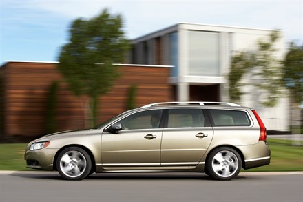 Volvo V70 and S80 available with four-cylinder petrol and diesel engines