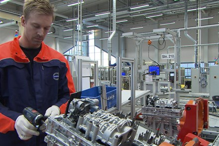 Volvo Car Group starts production of the new engine family VEA - without narration and graphics
