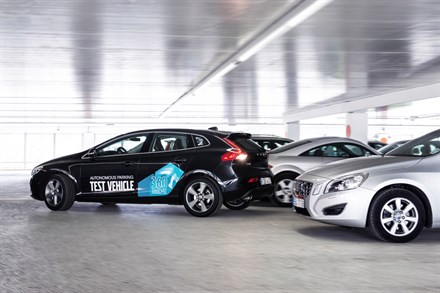 Volvo Car Group demonstrates the ingenious self-parking car