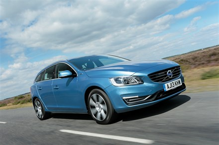 VOLVO CAR UK PARTNERS WITH BRITISH GAS, AS UK DELIVERIES OF THE FIRST V60 PLUG-IN DIESEL HYBRIDS COMMENCE