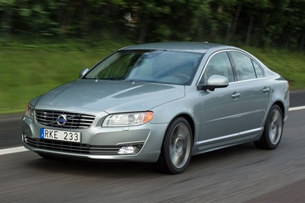 Volvo S80, model year 2014, driving footage