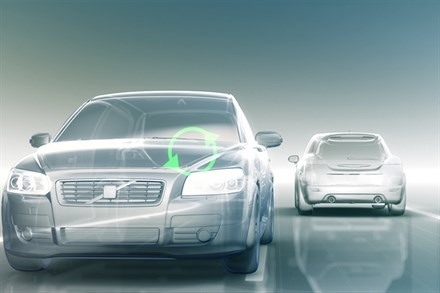 Volvo Car Corporation presents new technologies to avoid collisions with cars and pedestrians