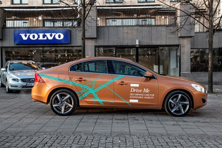 Volvo Car Group initiates world unique Swedish pilot project with self-driving cars on public roads