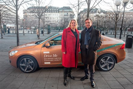 Volvo Car Group initiates world unique Swedish pilot project with self-driving cars on public roads - Newsfeed