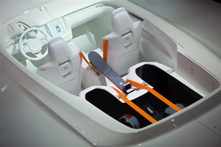 Volvo Cars at the 2014 Detroit Motor Show - Inside out: Volvo Cars reveals versatile interior for the Concept XC Coupé