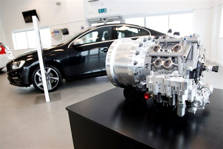 VOLVO CAR GROUP AND FLYBRID CONDUCT UK TESTING OF FLYWHEEL KERS TECHNOLOGY