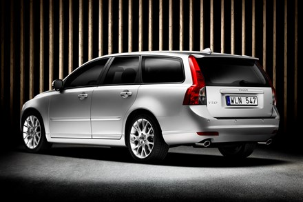 The new Volvo V50 - more dynamic looks and liberated storage space