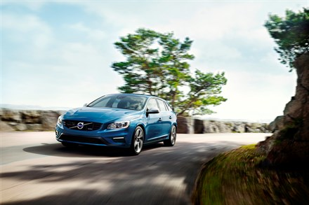 Volvo Cars leads the way in reducing fleet CO2 emissions